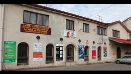 Velkoobchod a maloobchod elektroinstalačním a elektrikářským materiálem