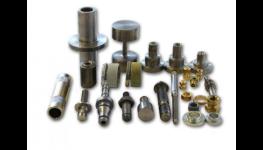 Šrouby, matice, nýty, klipy - výroba nestandardního spojovacího materiálu