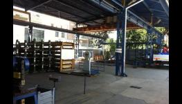 Doprava a rozvoz hutního materiálu do 5t autem s hydraulickou rukou