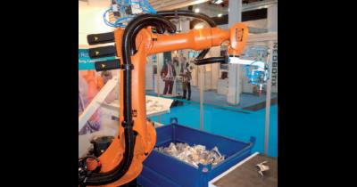 Bin Picking – výběr objektů z bedny robotem naváděným 3D kamerou
