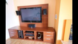 Zakázková výroba kuchyní - kuchyňské linky a nábytek na míru