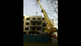Pronájem autojeřábů pro stavbu domu-nakládka, manipulační práce jeřábem