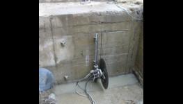 Řezání otvorů do betonu, vrtání a broušení betonu, řezání živice Brno