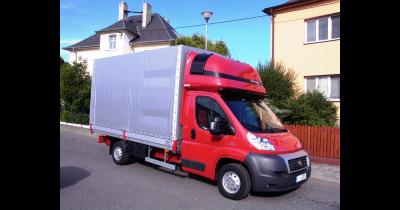 Užitkové valníkové i skříňove nástavby pro všechny typy aut