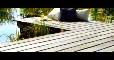 Dubové podlahové prvky holz pur na terasy, zahradní posezení, kolem bazénů