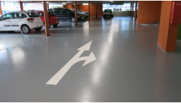 Komfortní interiérové lité podlahy, měkké podlahové stěrky - jednolitá bezespará podlaha