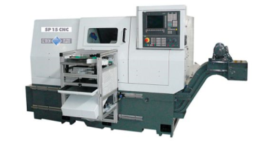 Moderní obráběcí stroje, automatizované výrobní linky a robotizovaná pracoviště – od návrhu po instalaci