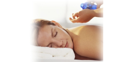 Akupunktura je čím dál populárnější alternativní léčebná metoda (Praha)