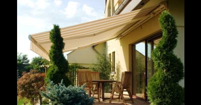 Venkovní nepromokavé markýzy na balkon či terasu – zastřešení malých i velkých ploch
