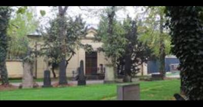 Urnový háj Praha Strašnice - zrekonstruovaný hřbitov pro ukládání ostatků