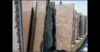 Kamenictví, kamenické služby - renovace, přebrušování pomníků a náhrobků