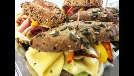 Restaurace Air Club u letiště Václava Havla – příjemná snídaně v Praze