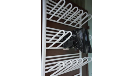 Otopné sušáky obuvi - praktický sušák na lyžařské boty