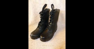 Prodej vojenského materiálu a techniky, maskáče, batohy, námořnická trička, kanady