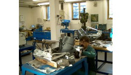 Výroba malých a středních strojů Hradec Králové – výroba prototypů a náročných sestav