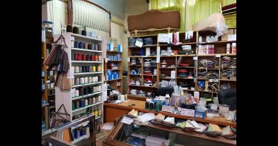 Čalounické potřeby Praha – prodej látek, molitanů a nářadí