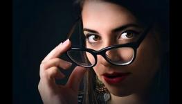 Refrakce, přezkoušení zraku, zjištění oční vady na počkání v Optice Mezírka