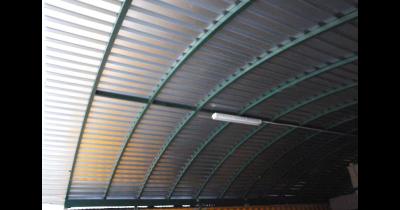 Zastřešení pomocí trapézových plechů - výroba na míru od spolehlivé zlínské firmy