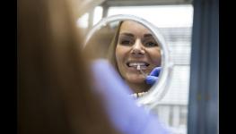 implantologie Praha 4 - zubní implantáty pro plnohodnotný život od značky Straumann a Camlog