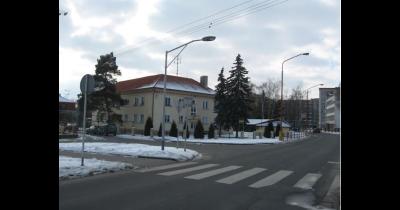 Ocelové stožáry, výroba ocelových stožárů a sloupů k  veřejné světelné signalizaci