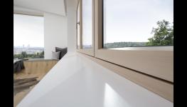 Parapety trend výroba Praha – strohá elegance do všech interiérů