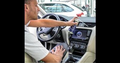 Čištění a plnění klimatizací automobilů značky ŠKODA
