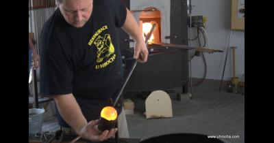 Glass turistika, tradiční výroba foukaného skla na Vysočině