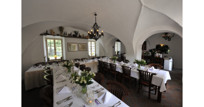 Svatba na zámku a víkendové ubytování jako v pohádce