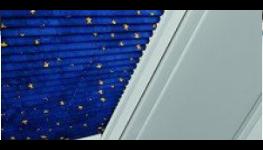 Doplňky k oknům a dveřím - parapety, žaluzie, sítě
