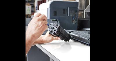 Pravidelný servis vyžadují i kopírovací stroje a skartovačky