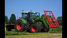 Použité pneumatiky a disky na zemědělské stroje a zemědělskou techniku