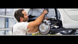 Nabídka práce, volná pracovní místa - automechanik, autoelektrikář, autokarosář, skladník