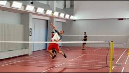 Přijďte si zahrát tenis, nohejbal, volejbal nebo florbal na multifunkční venkovní hřiště