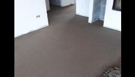 Kvalitní strojně hlazené betonové podlahy pro podlahové vytápění