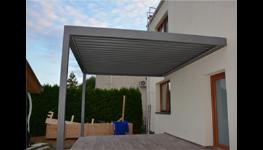 Bioklimatická funkce pergoly ARTOSI – stínění i větrání v různých částech střechy