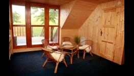 Dlouhodobé ubytování v útulné chalupě na horách - dostatek soukromí, kapacita až 16 osob