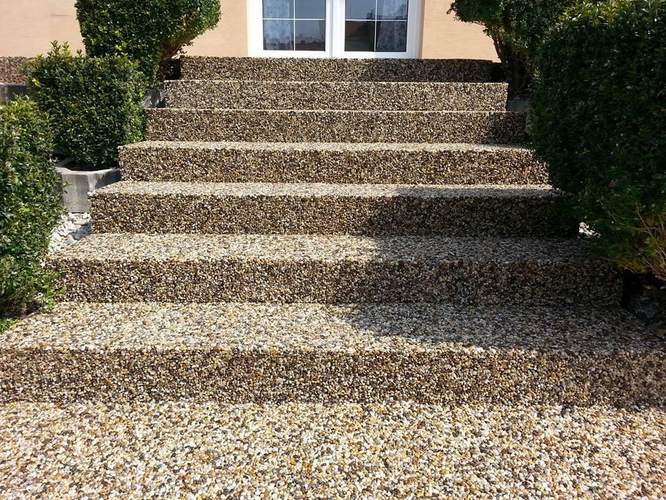 schody z mramorového kamene