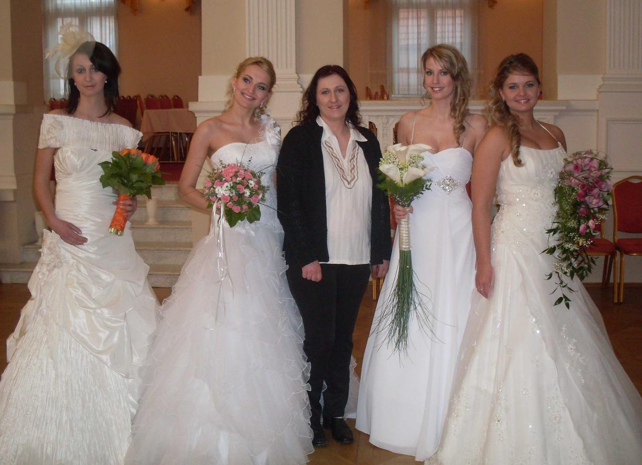 Svatební kytice, květiny na svatbu Tábor - kompletní svatební květinový servis