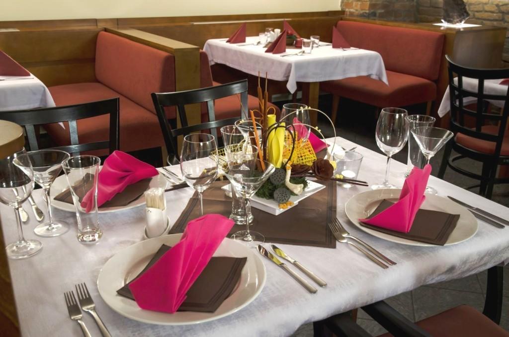 Świetna restauracja w centrum miesta Opava – dania gotowe, tradycyjne potrawy, dania kuchni czeskiej i międzynarodowej