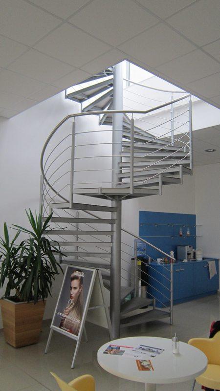 Výroba nerezových schodišť Brno