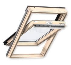 Dodávka a montáž střešních oken pro obytné podkroví i půdy
