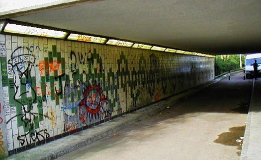 Údržba a čištění fasád a budov - odstranění špíny, mechu i graffitů, anti graffiti systém