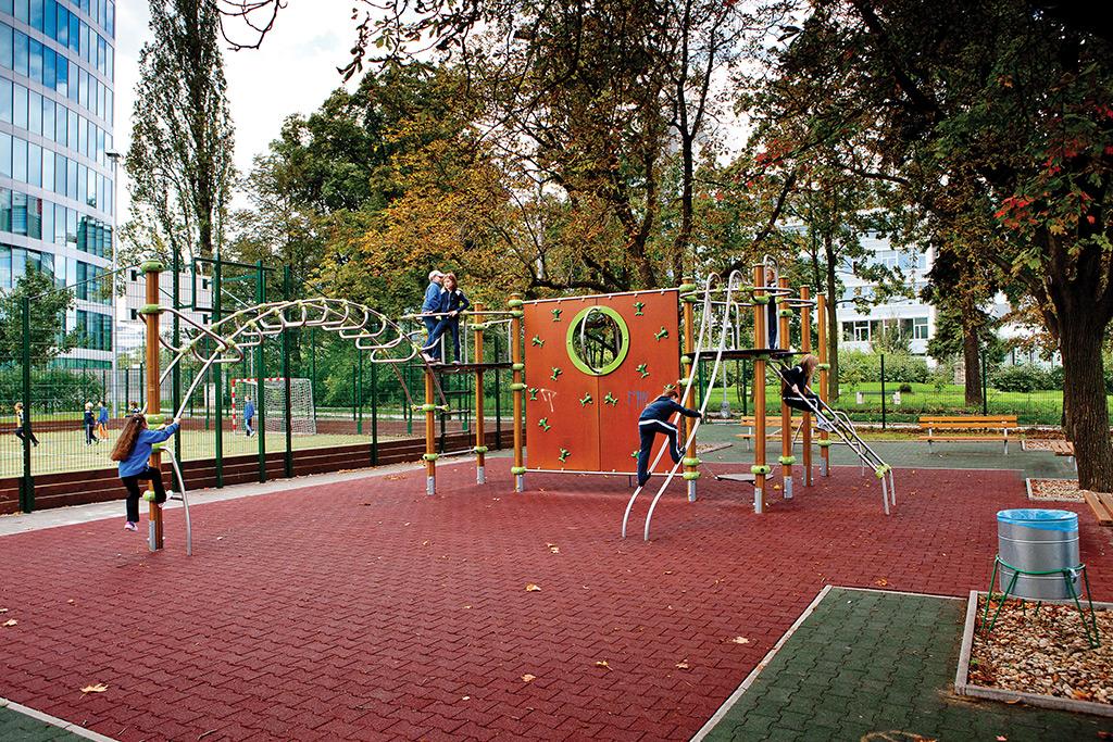 Volný čas a relaxace, atraktivní dětská hřiště, upravené parky - BB Centrum Praha 4