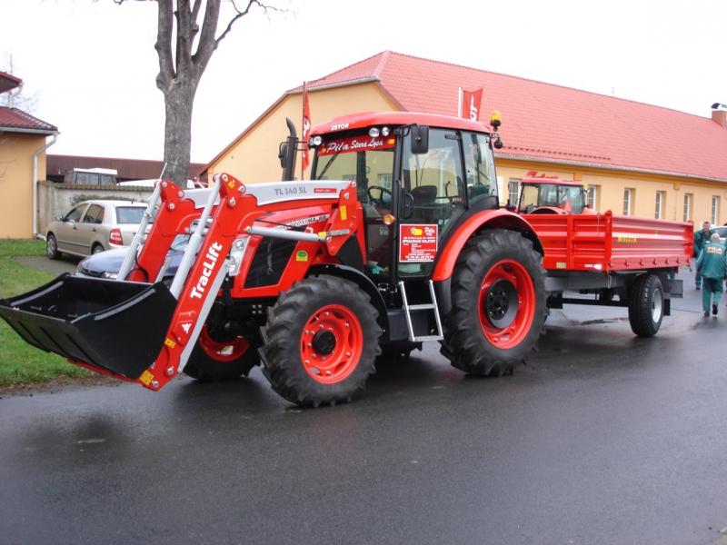 Prodej zemědělských traktorů Zetor Nymburk
