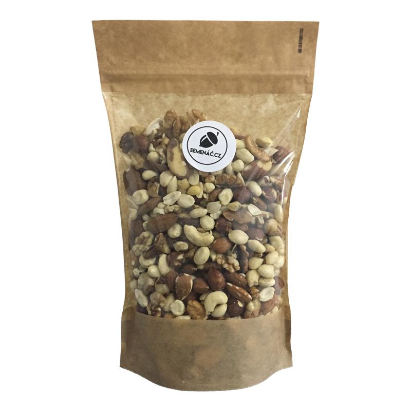 směs ořechů - mandle, kešu, para, lískové, vlašské ořechy