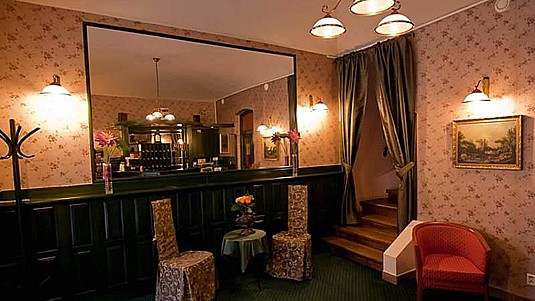 Hotel s restaurací, ubytování i pro domácí mazlíčky, Praha 2