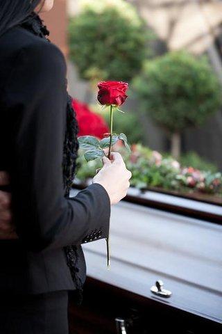 Pohřeb, smuteční obřad pro zajištění důstojného rozloučení