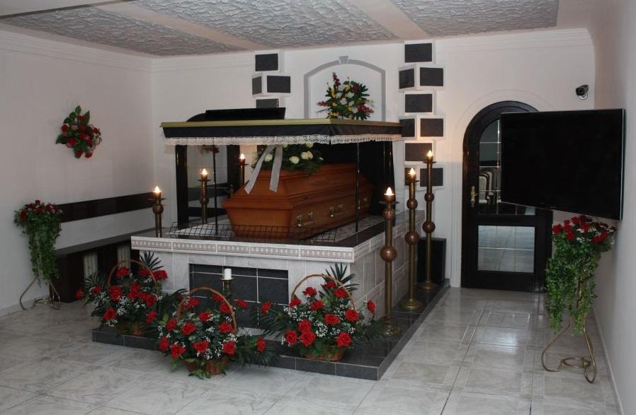 Bestattungsinstitut, Beerdigungen, Feuerbestattung, Leitmeritz, Litomerice, die Tschechische Republik