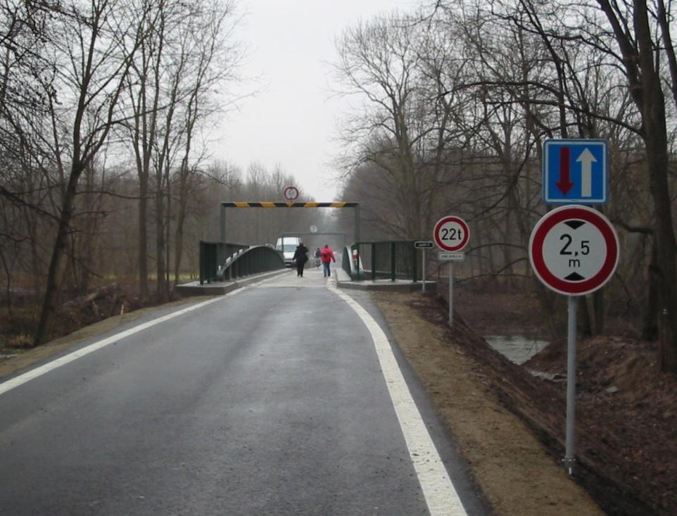 Svislé dopravní značení Olomouc, Morava