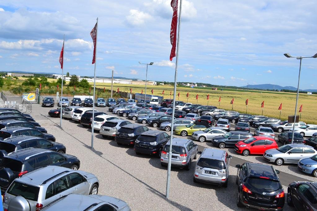 Prodej kvalitních a prověřených automobilů různých značek - velký výběr vozů